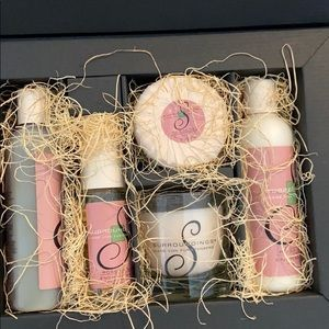 DVF gift set new soap candle lotion more
